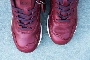 New_Balance_M1400BK_Sneaker_Politics_Hypebeast_6_1024x1024