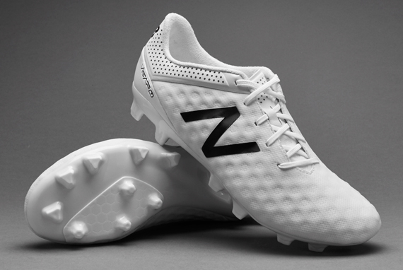 new balance white soccer cleats