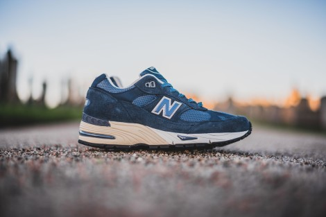 detailed look c64a6 224a2 ... in UK New Balance 991 comes in a classic tonal colourway, and this time  we see the 991DBW in blue, and the 991DOW in olive. Perfect for spring  summer ...