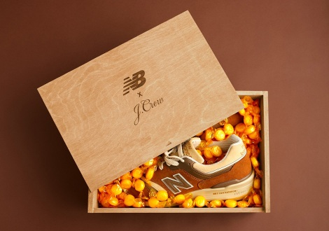 new-balance-997-butterscotch-jcrew-2